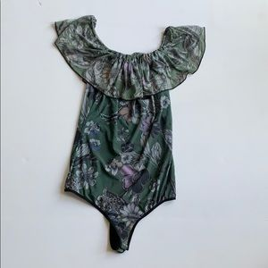 Sexy green floral onesie! Great condition, snaps M